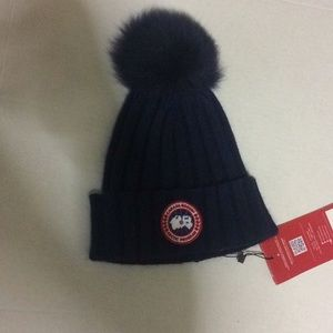 Canada Goose Knit Blue Hat Real Fur Top